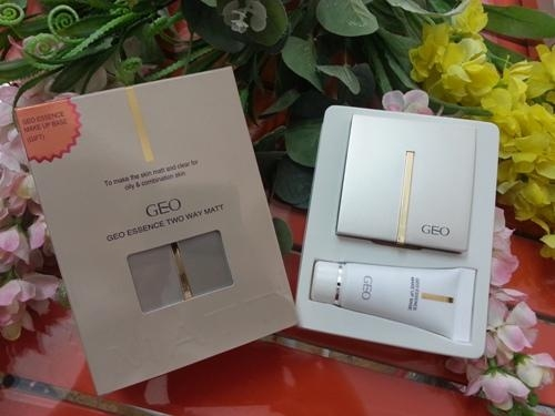 Phấn GEO Essence Two Way Matt